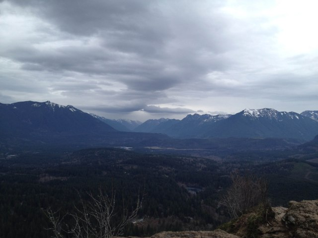 AT rattlesnake ledge 2014-10