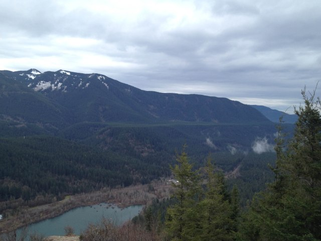 AT rattlesnake ledge 2014-7